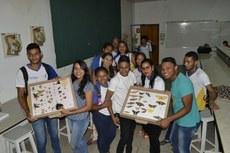 Alunos e professores do EJA durante visita ao Campus Araguatins