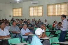 Registro da reunião com servidores realizada no Campus Araguatins