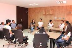 Reitor do IFTO recebe representantes estudantis do Campus Palmas